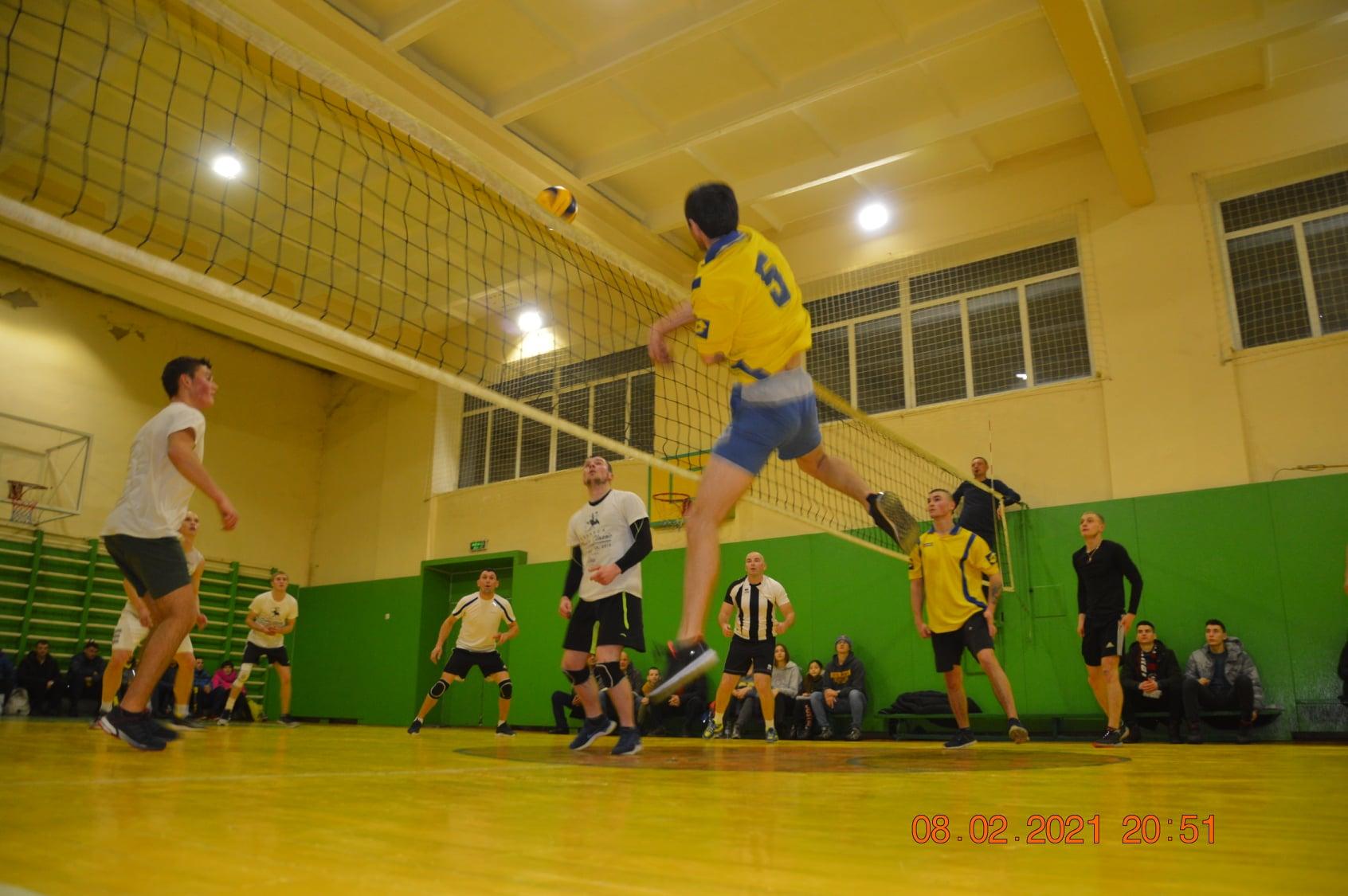 На Черкащині стартував чемпіонат з волейболу